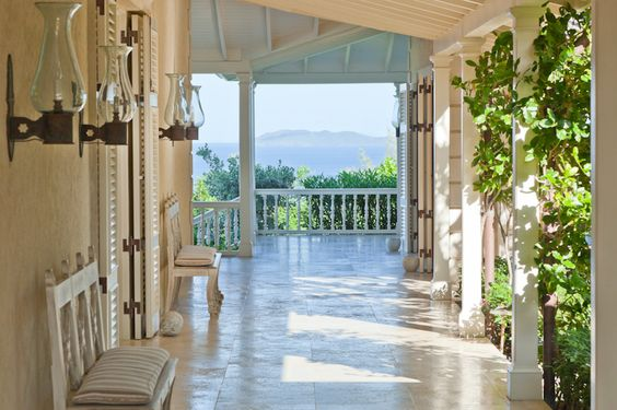 Mustique - Plantation House porch