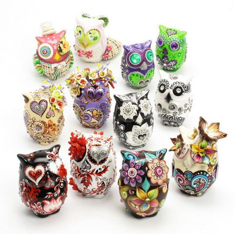 Not beads, but ADORABLE!--D.I.Y Owl Cake Toppers Wedding Decor Ceramic Art and Crafts Handmade  www.goodiemud.com