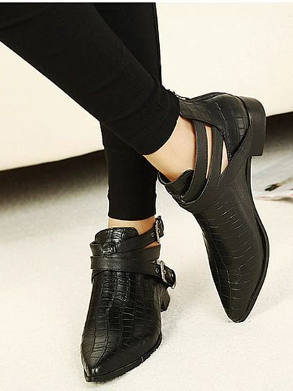 Pointed Crocodile Cut Out Ankle Boots in Black   Choies
