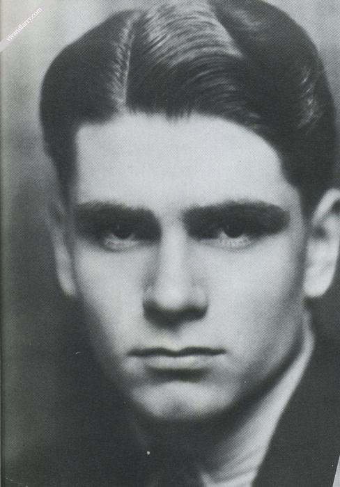 Laurence Olivier as a teenager