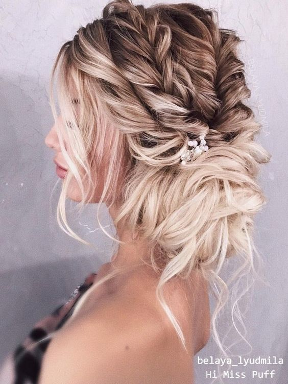 Wedding Hairstyles Can Be Really Hard To Decide On As There Are So Many Bridal Hairstyles To Choose From Mother Of The Bride Hair Hair Styles Fancy Hairstyles