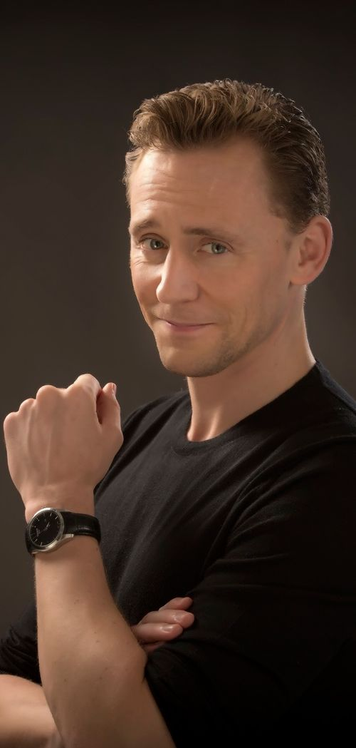 Los Angeles Times: Tom Hiddleston gets cheeky about his 'Night Manager' accolades. Link: http://www.latimes.com/entertainment/tv/la-et-st-tom-hiddleston-night-manager-emmys-20160812-snap-story.html
