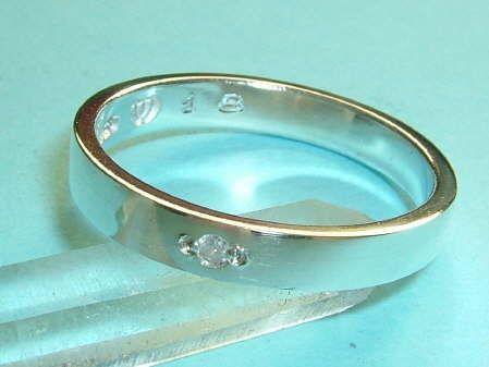 素材 Silver 925使用石、クリア・ダイヤモンド 約1.6ミリ~1.7ミリx1P(0.02ct)サイズ、リング最大幅 約3.2ミリx厚み約1.4ミリ(サ...|ハンドメイド、手作り、手仕事品の通販・販売・購入ならCreema。