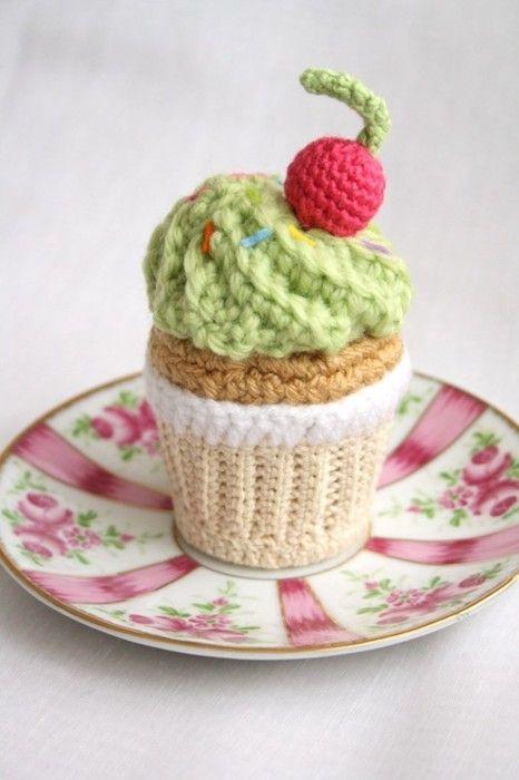 Amigurumi Patterns Cupcake :