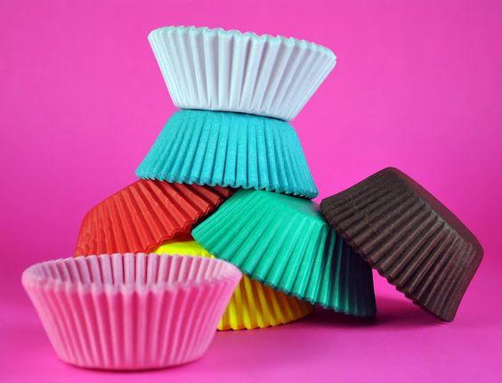 Cupcake Baking 101: Cupcake Liners -- by BakeHappy