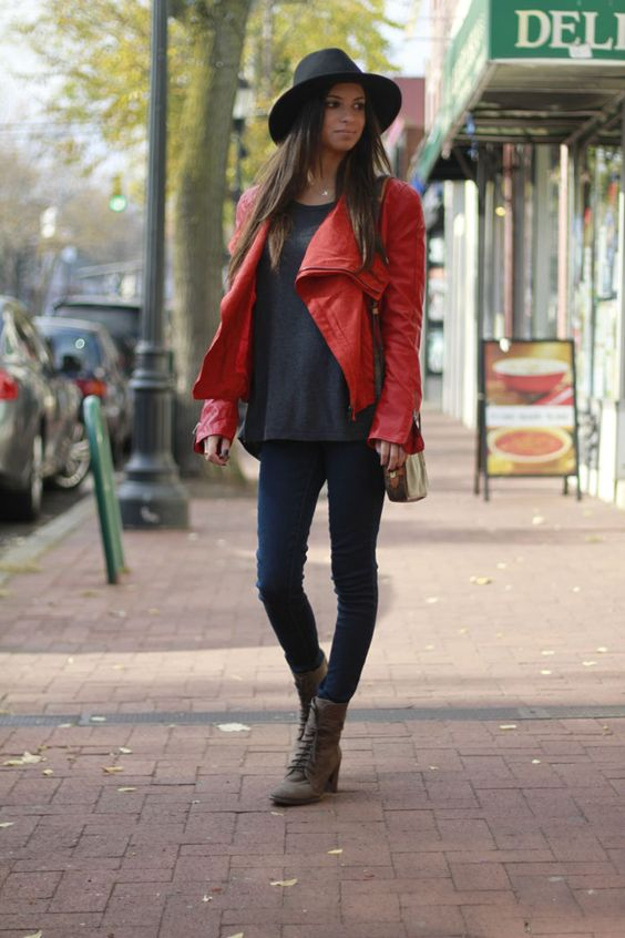 New on the blog..#redleatherjacket #brimmhat #flyingmonkeyjeans #vintagelouisvuittonbag #vincecamutocombatboots #blogger #fashionblog #fallstyle #fashionroll #streetstyle