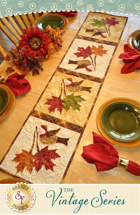 Vintage Maple Leaf Table Runner November Pattern Maple Leaf Table Runner Table Runner Pattern Table Runner And Placemats