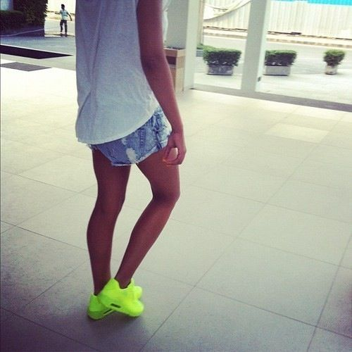 swag girl fashion style street instagram neon f4f InstaPhoto