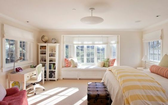 30 Window seats – cozy, space-saving and great for admiring the outdoors - When you have several windows in a room, use each one differently