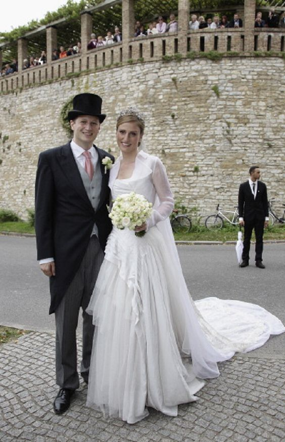 Georg Friedrich Ferdinand Prince of Prussia and Princess Sophie of Isenburg welcomed daughter Princess Emma Marie at Bremen April 2, 2015
