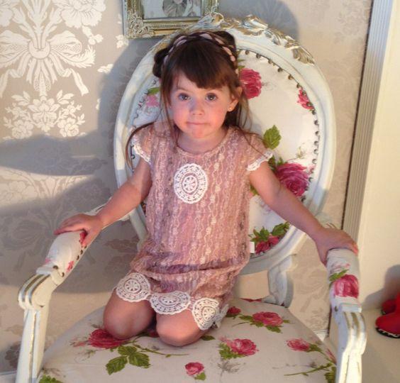 Flower girl, ropa para momentos especiales niñitas, elegante y hippie romántica. Opciones para niñitas con sello hippie chic