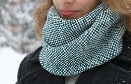 Ravelry: Check This Out pattern by Laura Reinbach