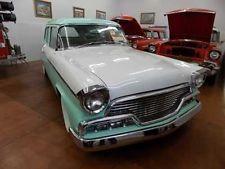 Studebaker: President Pinehurst Wagon  1956