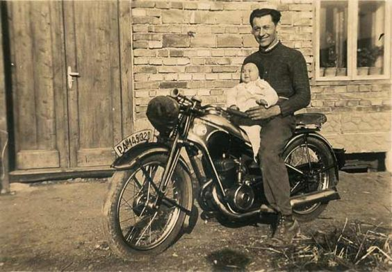 1930s CZ 175cc Classic Motorcycle Pictures