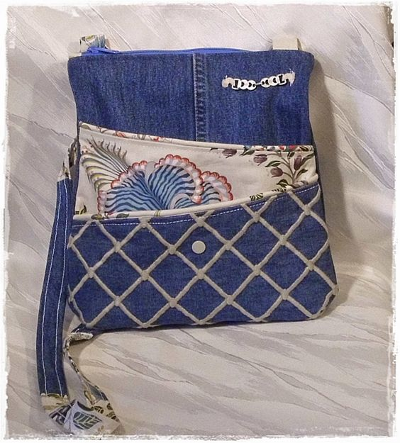 Tasche aus alter Jeans / Bag made from old pair of jeans / Upcycling ~ woah, wie gut das ich gerade etliche Jeans aussortiert und noch nicht weggeworfen habe ;)