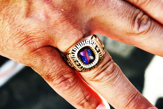 Rose Bowl ring, the perfect game day accessory.