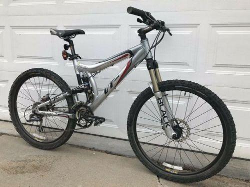 Buy Giant Vt Three Full Suspension Mountain Bike Disc Brakes 26 Mountain Bike Full Suspension Mountain Bike Cruiser Bicycle