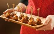 SPANISH PORK MEATBALLS: This meatballs are remaniscent of ones found all over Spain in tapas bars  #SpanishRecipes #meatballs