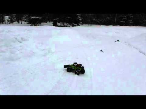 SCX10 Deadbolt with plow VS Kyosho blizzard FR