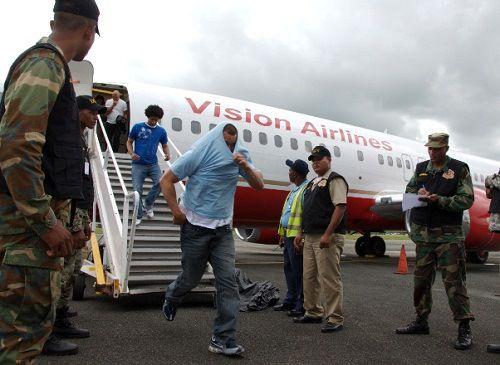 Migración traslada al vacacional de Haina entrega de deportados