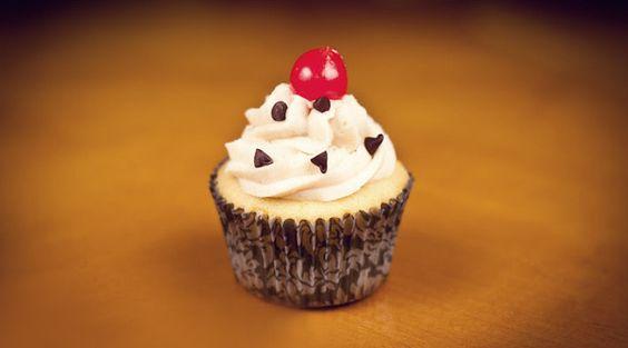 Sweet G's Cupcakes - $14