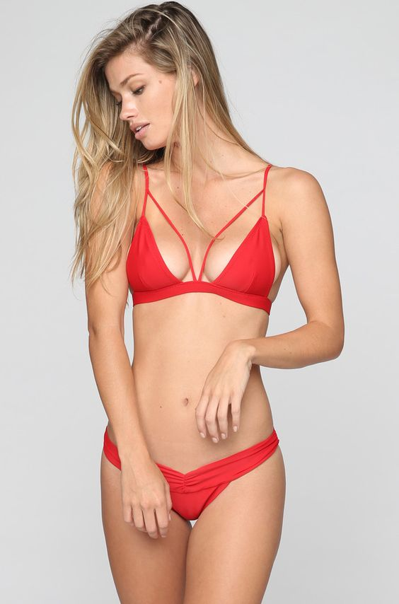 Kai Lani Bralet #Bikini Top in Red >> http://ss1.us/a/VpXMFQtF