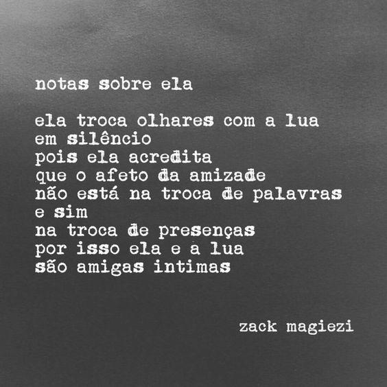 """""""Sobre O luar Que Sobra Intimidade. #notassobreela"""":"""