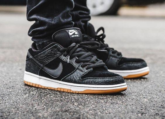 Nike SB Dunk Low Nontourage (by @tonydiamonds)