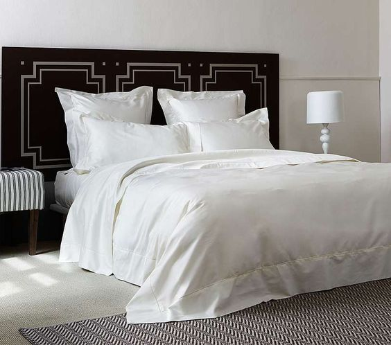 Our versatile Single Ajour Bedding Collection from Frette offers a charmingly simple, almost vintage appeal.This sublimely refined bedding seamlessly blends with a range of decors and styles.: