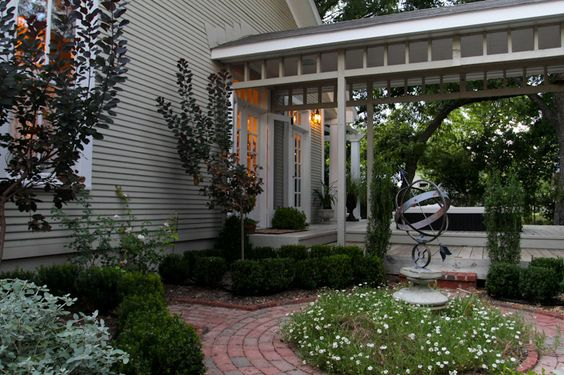 Holly Pond Hill - Garden House Bed and Breakfast