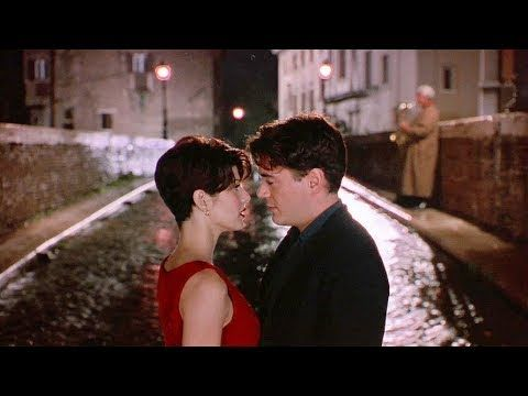 Only You 1994 Peter And Faith Perhaps The Same Bird Echoed Through Both Of Us Yesterday Separate In The Evening Robert Downey Jr Romantic Movies Downey