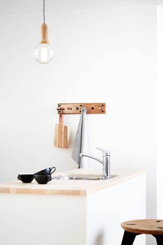 Kapstok in eikenhout. stoer en prachtig in de keuken. deens design ...