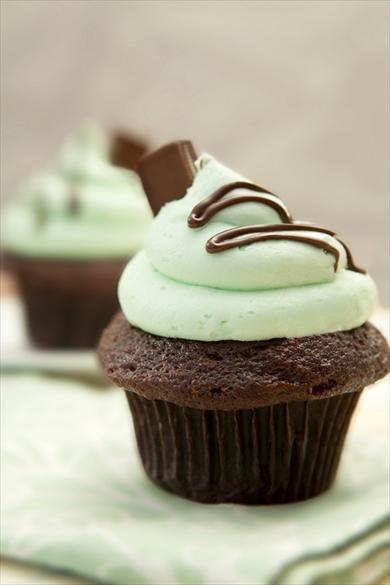 Cómo hacer cupcakes de chocolate