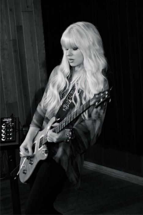 Guitar Girl'd: Interview with Orianthi on the Release of 'Heaven in This Hell' image 4