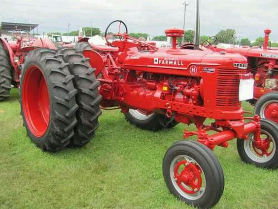 Front Duals For Tractors : Nice farmall h wide front with duals pinterest