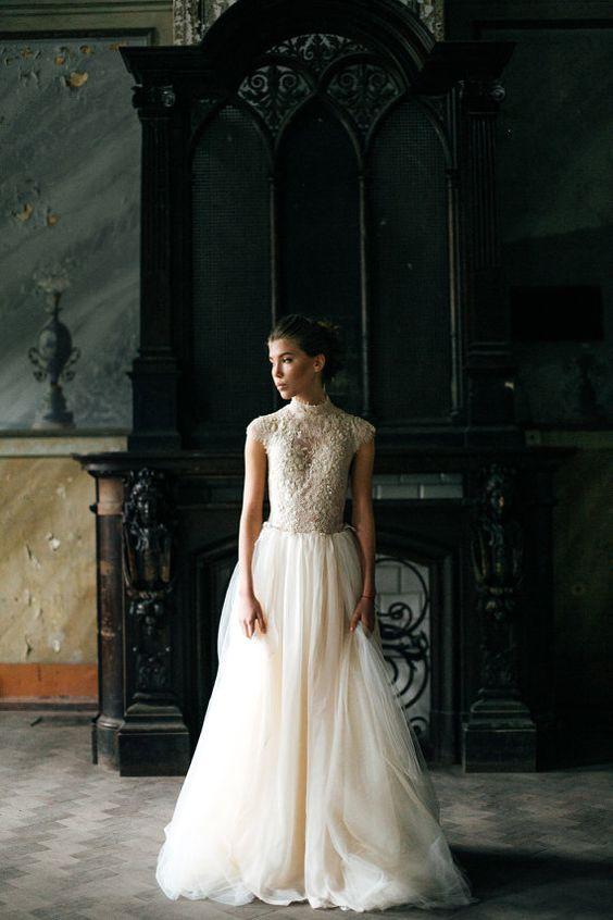 Peitho / Vestido de Novia de tul y encaje de por CarouselFashion: