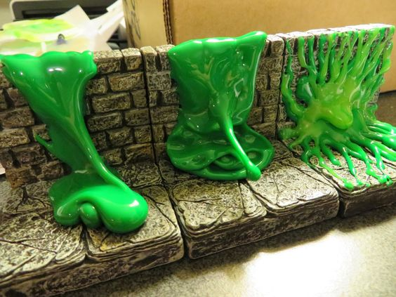 Real Minis: Dwarven Forge's Game Tiles plus slime equals awesome
