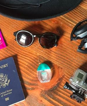 Pack for vacation like a pro with these 8 EASY travel tips!