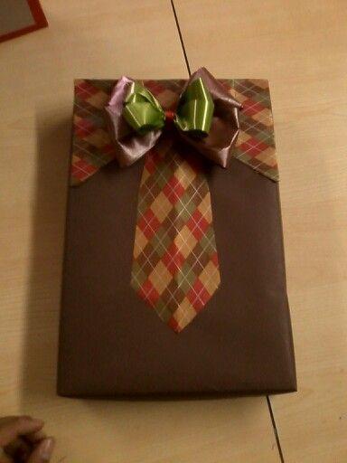 Envoltura de regalo para caballero mo os y envolturas for Envolturas para regalos