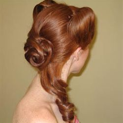 HAIelite Curls with a 50's Flair