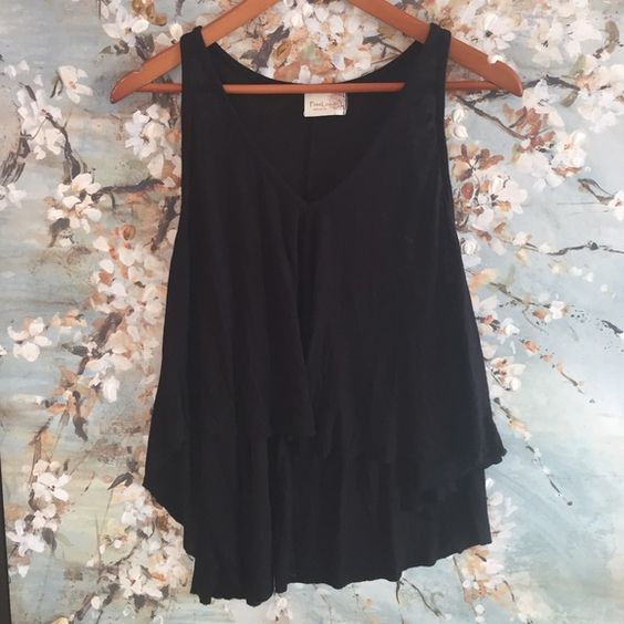 {Nordstrom} Freeloader black high low top V neck top. High Low, armpit to armpit laying flat is 19 length in front 17 back 23 Freeloader Tops