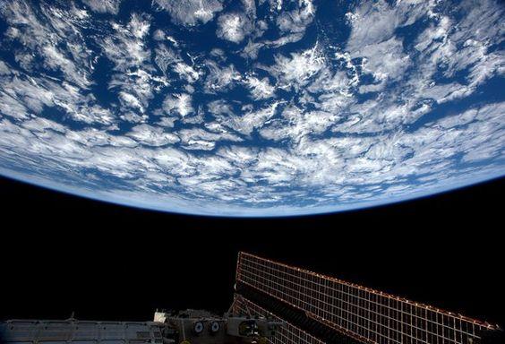 Samantha Cristoforetti y sus asombrosas fotos desde el espacio - Montevideo Portal, Una Visión particular.