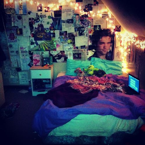 Bedroom Decorating Ideas Hipster hipster lights? sure. why not? **everything but the rpatz poster