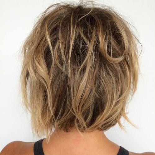 60 Coiffures Bob Messy Pour Votre Look Decontracte A La Mode Coiffures Simples Cheveux Mi Long Coupe De Cheveux