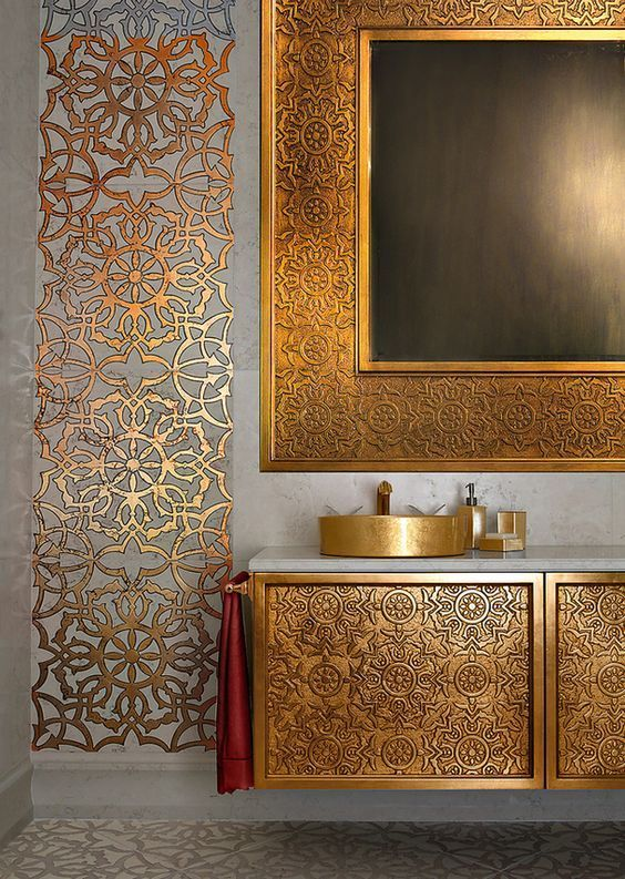 You Will Find The Perfect Golden Lighting Fixture For Your Interior Design Project At Luxxu Net Golden Deco Maison Moderne Deco Marocaine Idee Deco Orientale