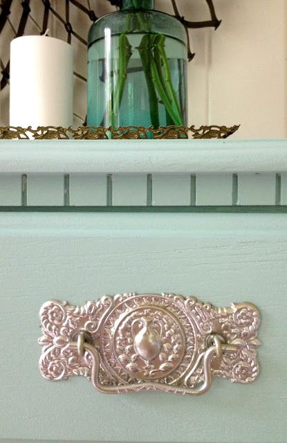 How To Paint Laminate Furniture In 3 Easy Steps And A Great Source For Gorgeous Hardware At