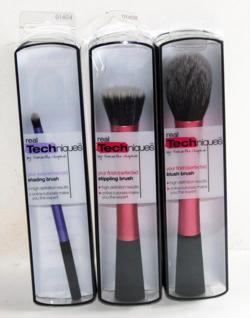 Real Techniques Brushes!!! I love makeup and brushes :))))