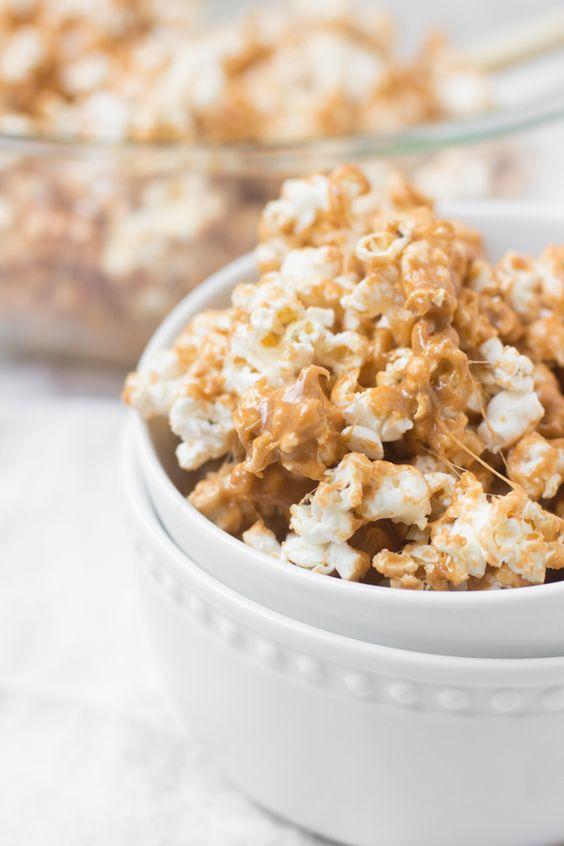pumpkin spice marshmallow popcorn |  ohsweetbasil.com