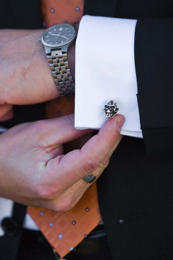 Gemelos de calaveras para el #novio... / Skull cufflinks for the #groom..: