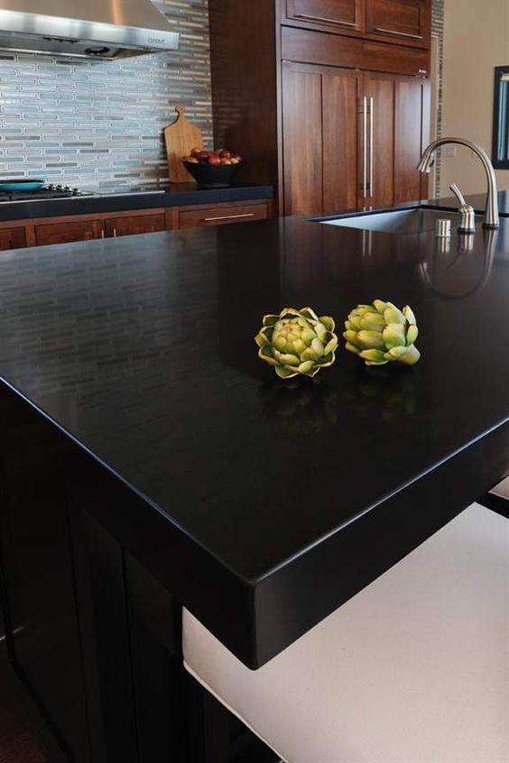 Silestone tao white appliances black countertops for Silestone cuisine